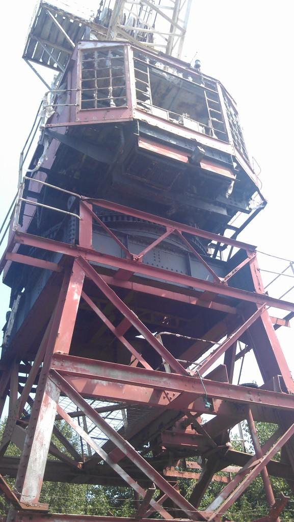 Derelict crane [2]