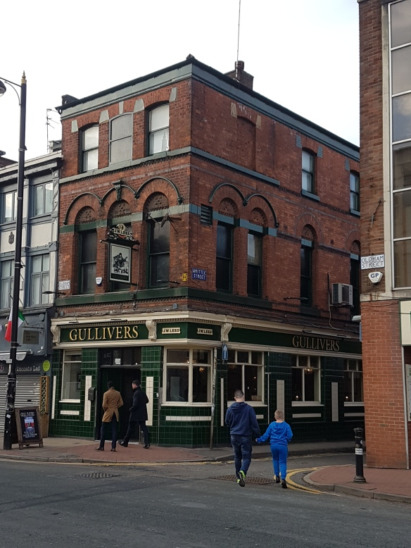 gullivers-oldham-street