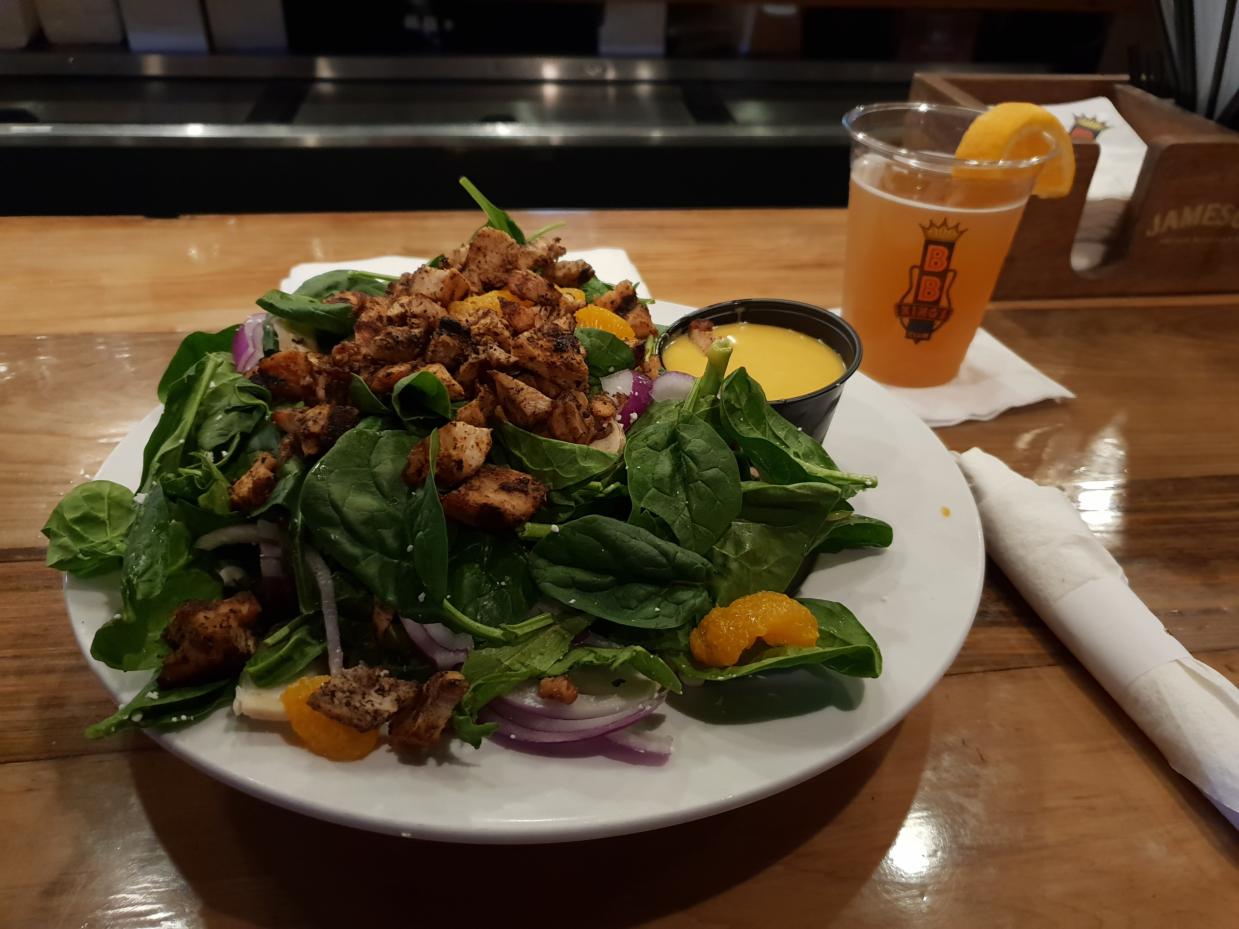 BB King's Club Spinach Salad with Blackened Chicken